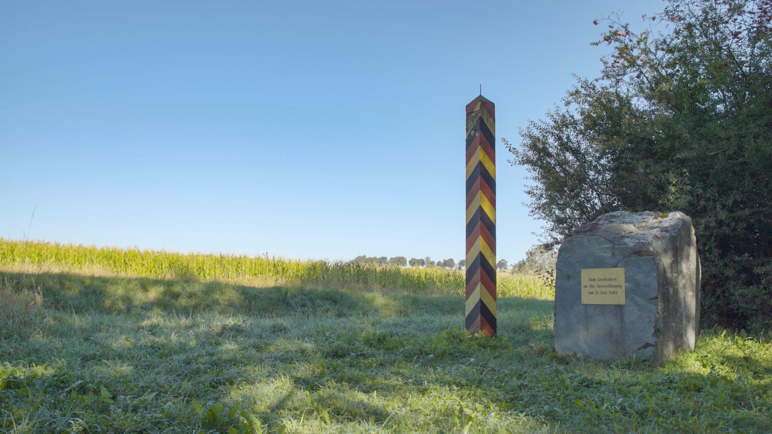 Green Belt border post - long distance hiking - hiking trails Germany - hiking in Germany - top trails in Germany