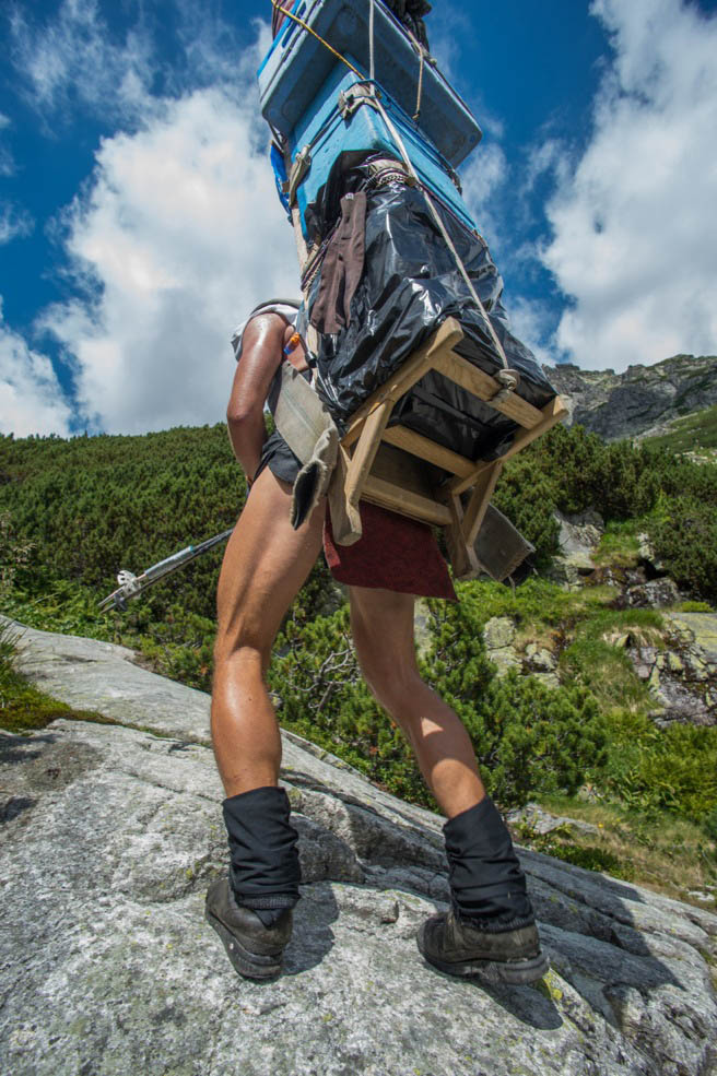 Hohe Tatra Sherpa Wandern Portrait Števo Bačkor Lastenträger Schwerstarbeit Bergsteigen