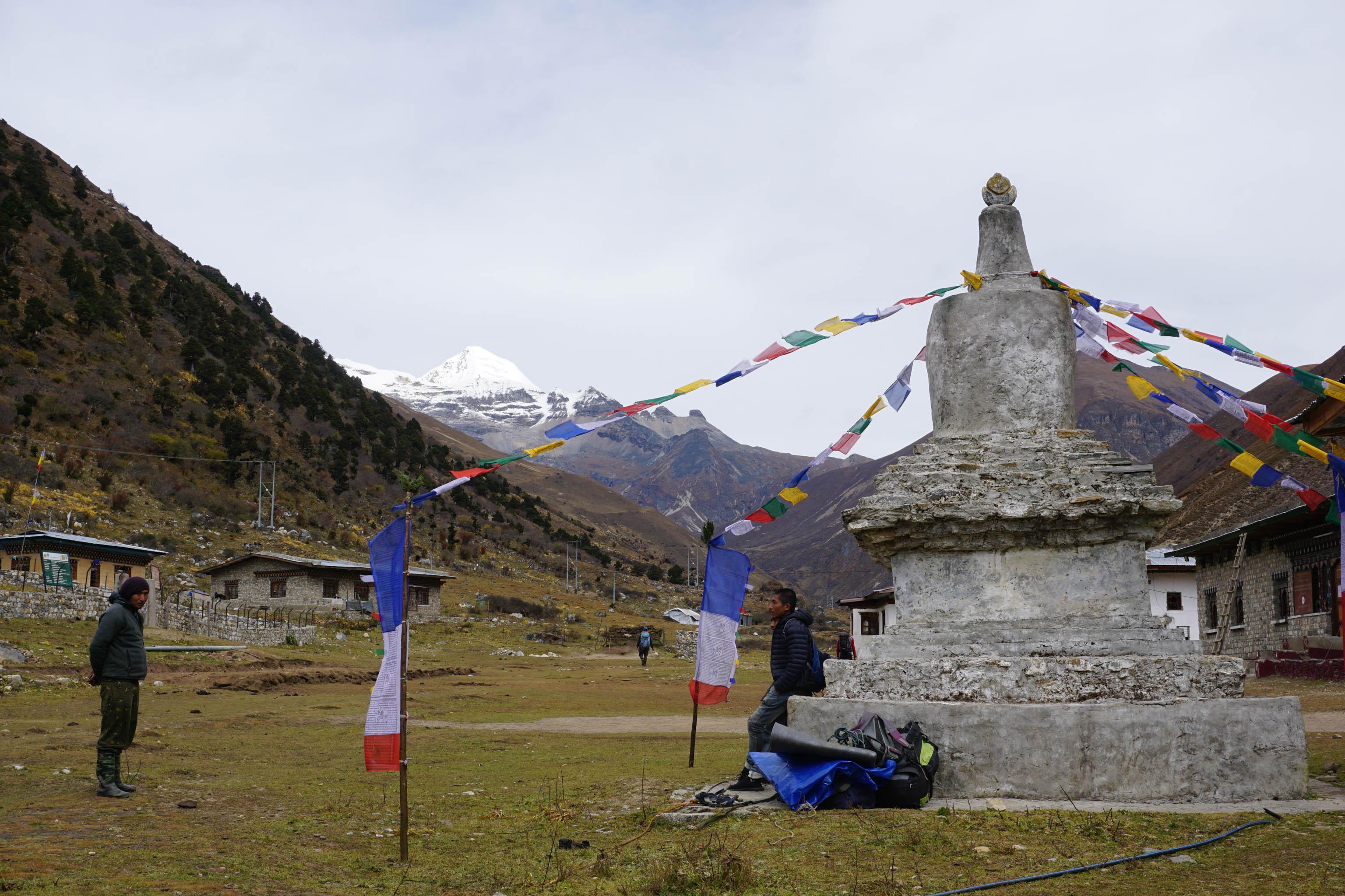 Himalaya Wandern Bhutan Trekking Chorten Jangothang