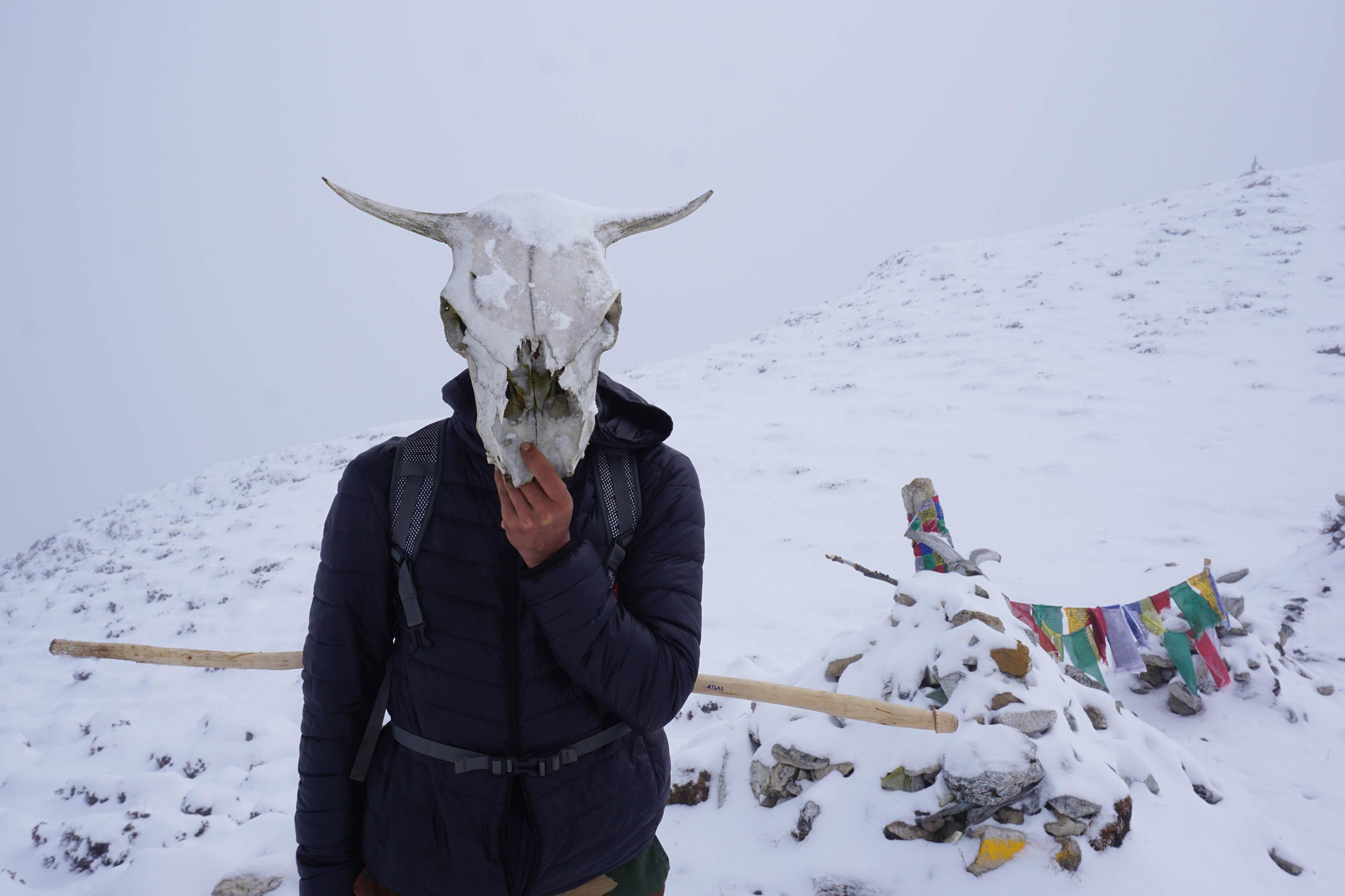 Travel Himalayas Bhutan trekking thru-hiking